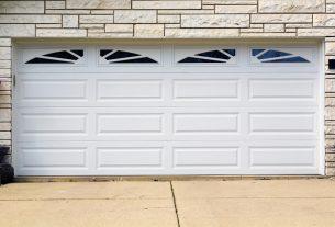 garage door lock all the way